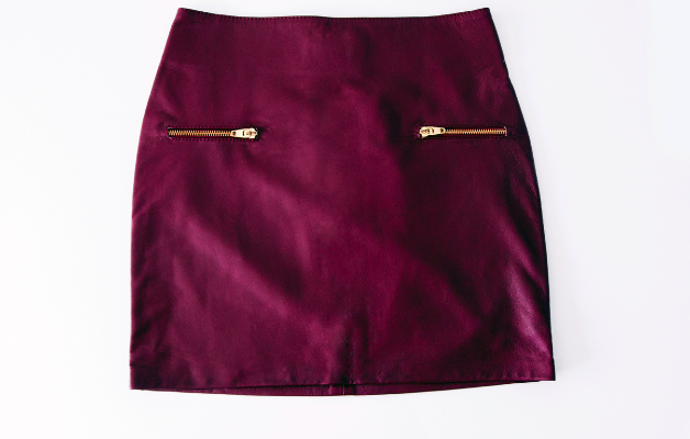 AM TO PM SKIRT MAROON