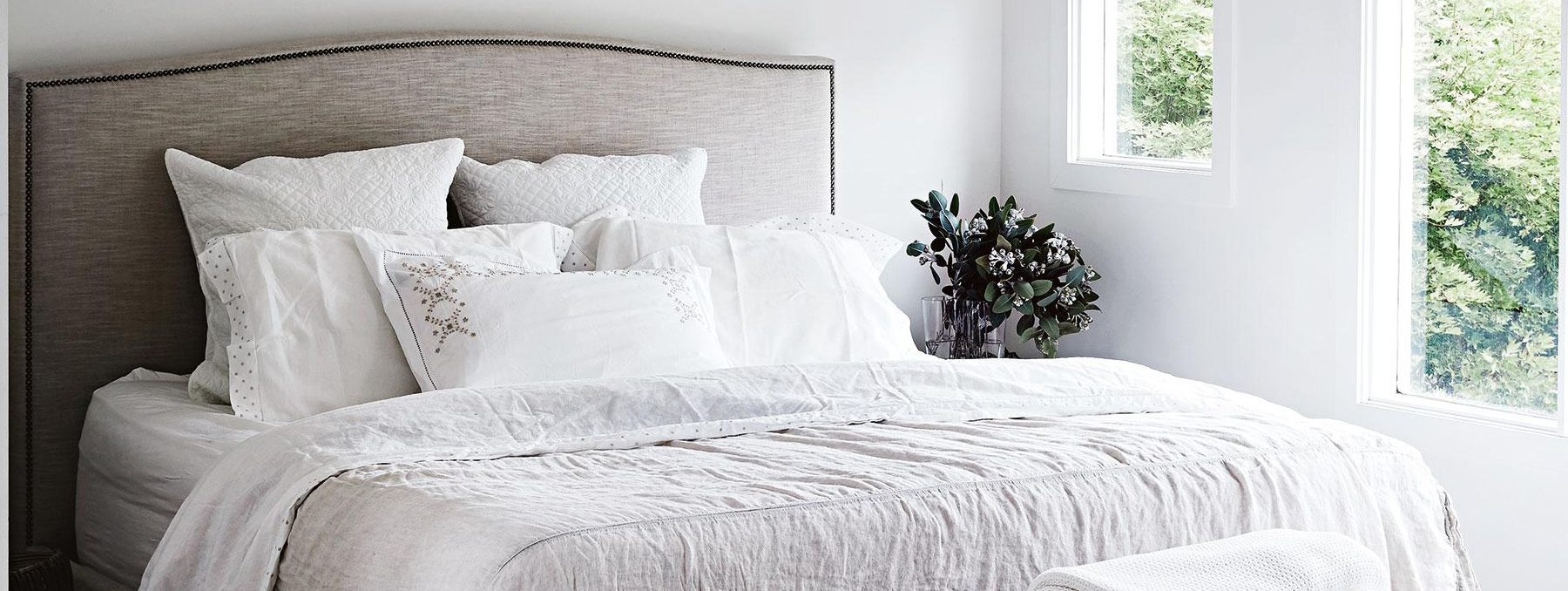 ESSENTIAL INGREDIENTS FOR A DREAMY BEDROOM
